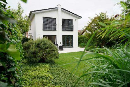 Büro-Wohnen-Garten